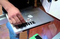 MacBook sticker verwijderen?